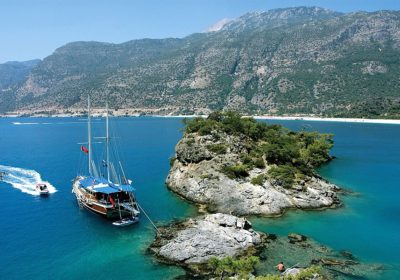 YACHT CHARTER BODRUM, Dayin yacht charter bodrum                     We set sails earlay in the morning , lets us not be late for the breakfast in calm and peaceful waters of cati bay, when you wake up in the morning